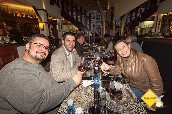 Erik, Cássio e Debora Godoy no Safari, durante nossa viagem a Campos do Jordão. Imagem: Janaína Calaça