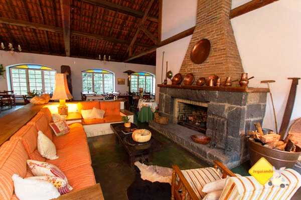 Living room. Hotel Fazenda São Francisco onde ficamos hospedados. Cunha, SP. Imagem: Erik Pzado