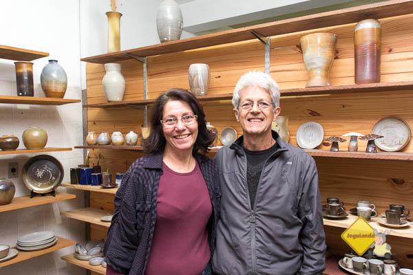 Sandra e Cristiano Quirino, ceramistas. Imagem: Erik Pzado