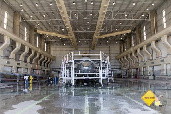Hangar de pintura de aeronaves. Imagem: Erik Pzado