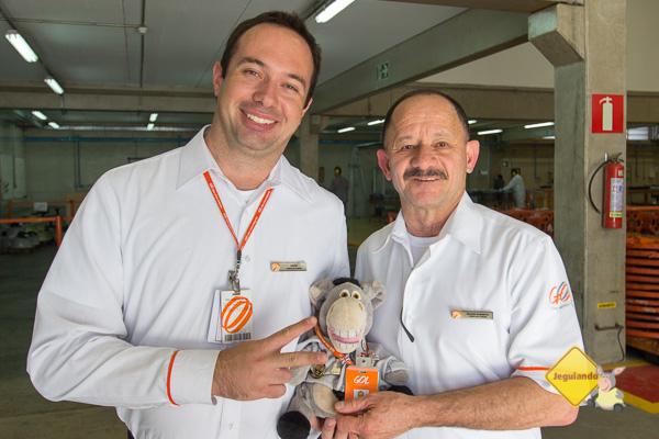 Chefes de cabine Sávio e Edson Roberto com Jegueton. Imagem: Erik Pzado