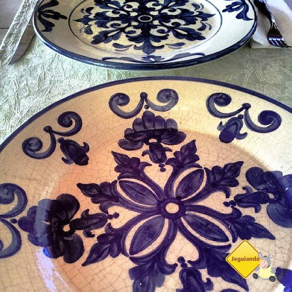 Cerâmica à mesa. Imagem: Janaína Calaça