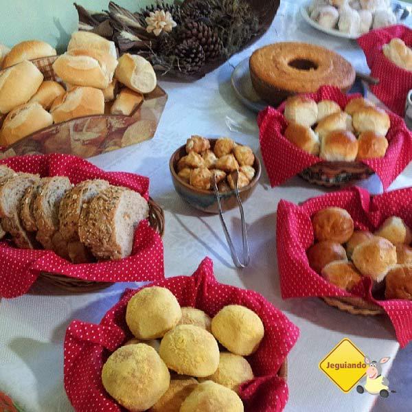 Café da manhã da Pousada e Restaurante Dona Felicidade. Cunha, SP. Imagem: Janaína Calaça