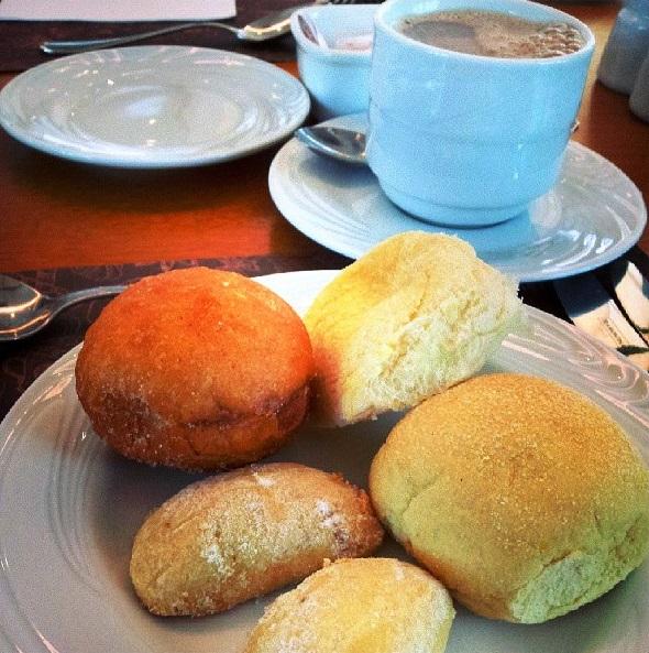Café da manhã regionalizado Mercure. Imagem: Janaína Calaça