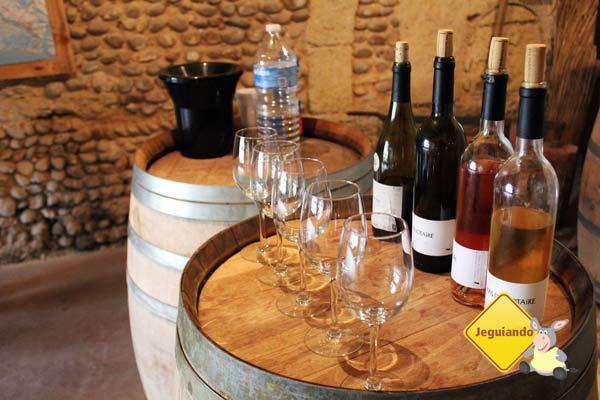 Uma parada no Mas Du Notaire, para degustar os vinhos produzidos na propriedade. Imagem: Janaína Calaça