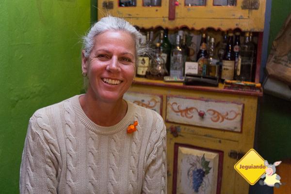 Penha Lima, proprietária do Casa Azul - Bistrô Latino & Grill. Tiradentes, MG. Imagem: Erik Pzado