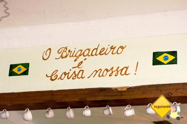 Casa do Sino - Café, brigaderia e antiquário em Tiradentes, MG. Imagem: Erik Pzado