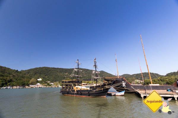 Embarcações piratas em Balneário Camboriú. Imagem: Erik Araújo