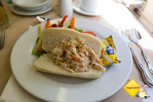 Roll de lagosta e legumes. Imagem: Erik Araújo