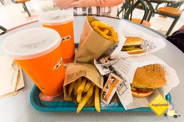 A&W, opção em fast food no Canadá. Imagem: Erik Araújo