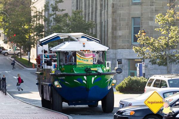 Harbour Hopper Tours: um passeio inusitado em um verdadeiro carro anfíbio. Imagem: Erik Araújo