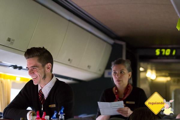 Equipe de comissários da Via Rail de Montréal a Toronto. Imagem: Erik Araújo