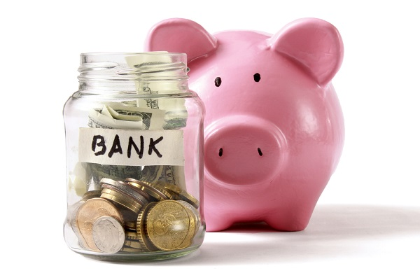 Você pode também utilizar seu cartão pré-pago como uma poupança para sua próxima viagem. Imagem: Shutterstock_93609493