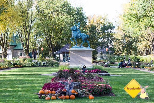 Parc des Champs-de-Bataille e Jardin Jeanne-d'Arc (o Jardim de Joana D'Arc) se preparando para o Halloween. Québec City, Québec. Imagem: Erik Araújo