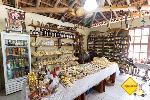 Produtos locais à venda. Imagem: Erik Araújo