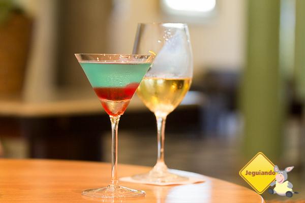 Drinks no bar. Imagem: Erik Araújo