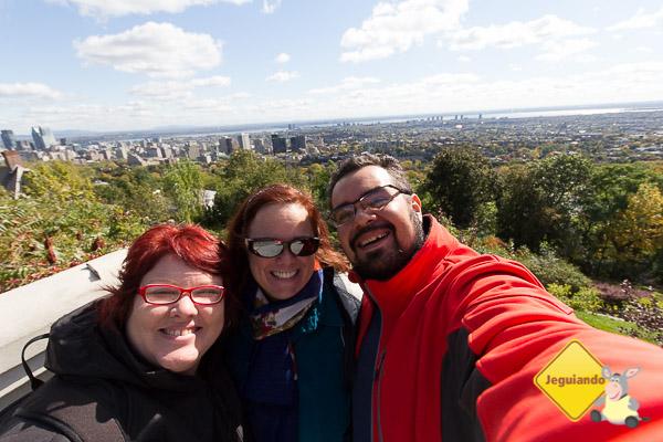Jana, Nadia, da Montreal Guides, e Erik em Montréal. Imagem: Erik Araújo