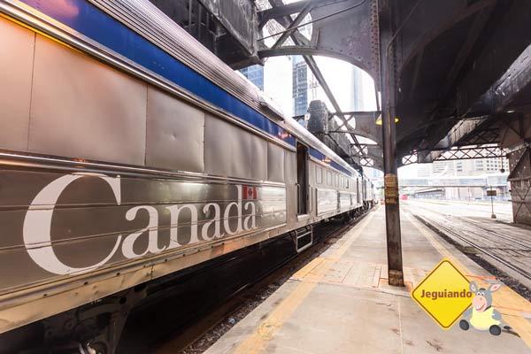 É possível viajar até Montréal a bordo dos trens da Via Rail. Experimente! Imagem: Erik Araújo
