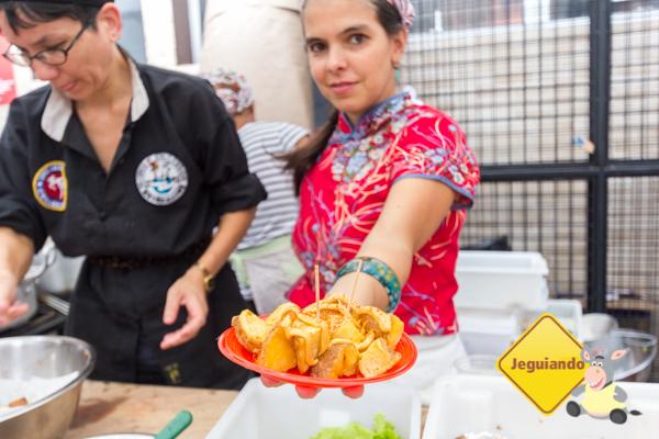 As Batatas na barraca da Veri, Rosa e Flávia. Imagem: Erik Araújo