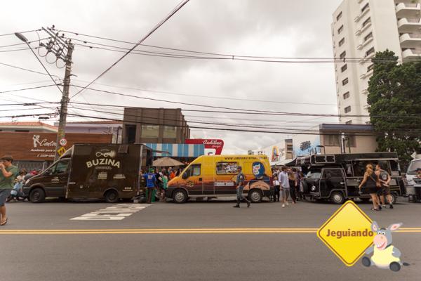 Food Trucks em frente ao Cadillac Burger. Imagem: Erik Araújo