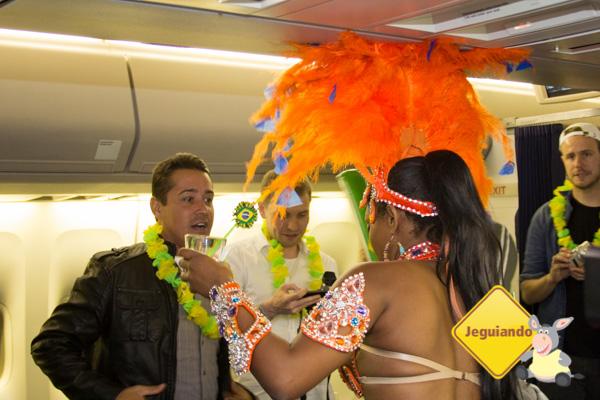 A empolgação estrangeira com o ícone das festividades brasileiras. Imagem: Erik Araújo