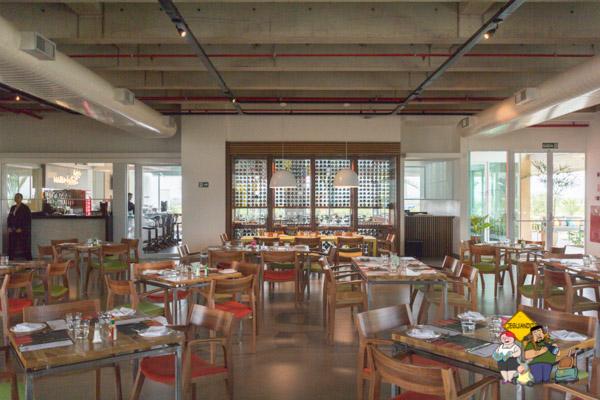 Salão Restaurante Vitorino. Imagem: Erik Araújo