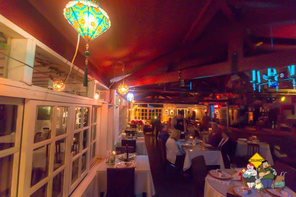 Vista do salão do Jazz Village. Imagem: Erik Araújo