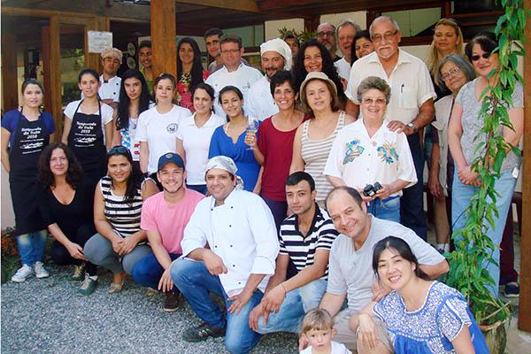 Chefs da 13ª Temporada da Truta de Visconde de Mauá. Imagem: Tereza Quindere Assessoria