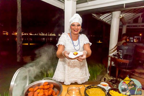 Degustação de acarajé. Imagem: Erik Araújo