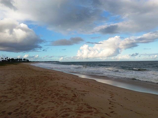 Praia de Itacimirim. Imagem: Janaína Calaça
