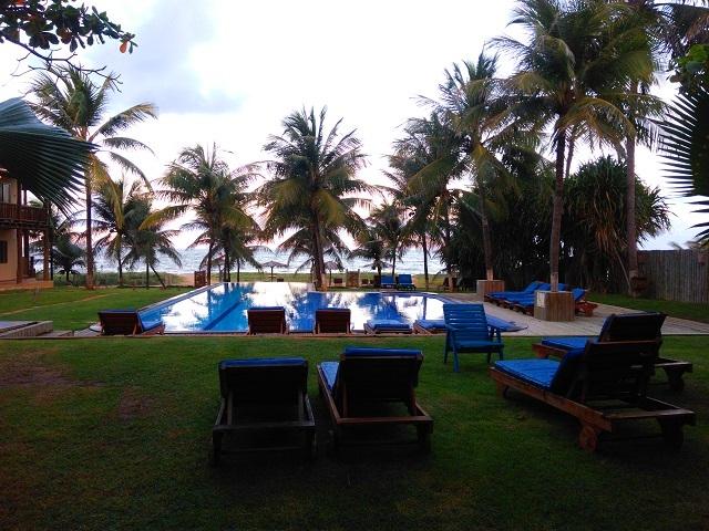 Vista da nossa suíte na Pousada Praia das Ondas. Itacimirim, Bahia. Imagem: Janaína Calaça