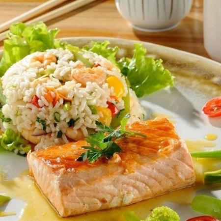 Salmão ao molho de maracujá - (instagram: kiichirestaurante)