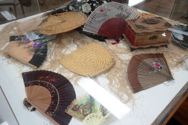 Coleção de leques. Imagem: Lorena Grisi