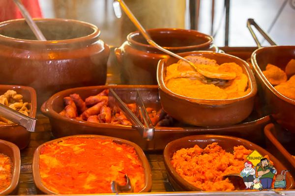 Comida com influência da gastronomia mineira. São Bento do Sapucaí. Imagem: Erik Araújo