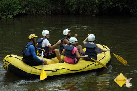 Rafting no Parque Ecológico do Monjolinho, Socorro, SP. Imagem: Erik Pzado